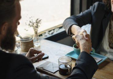 ¿Cómo conseguir clientes para abogados?